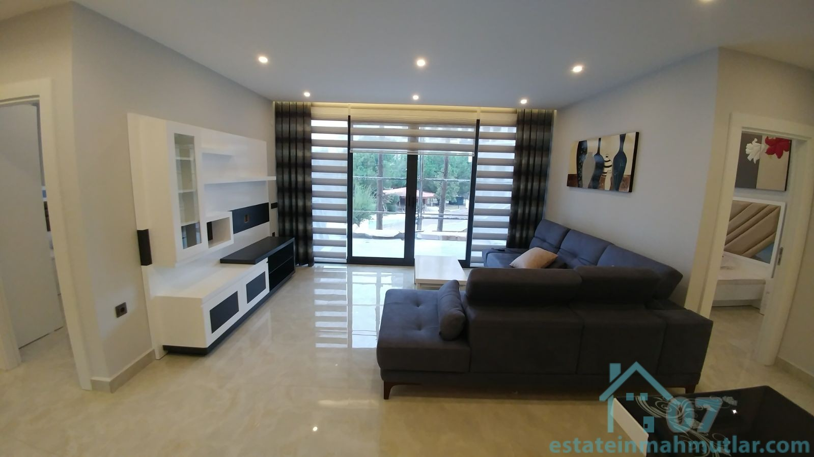 Two Bedroom SEASIDE Apartments In A Luxurious Complex Right By The Sea!