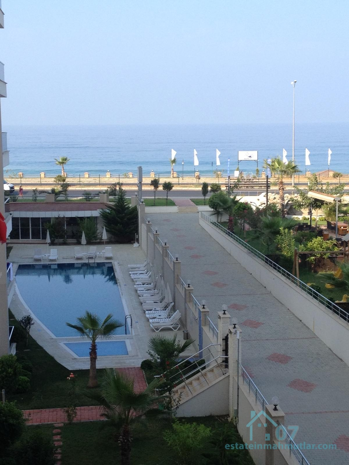Luxurious Sea view apartment right by the Sea in Kestel, Alanya