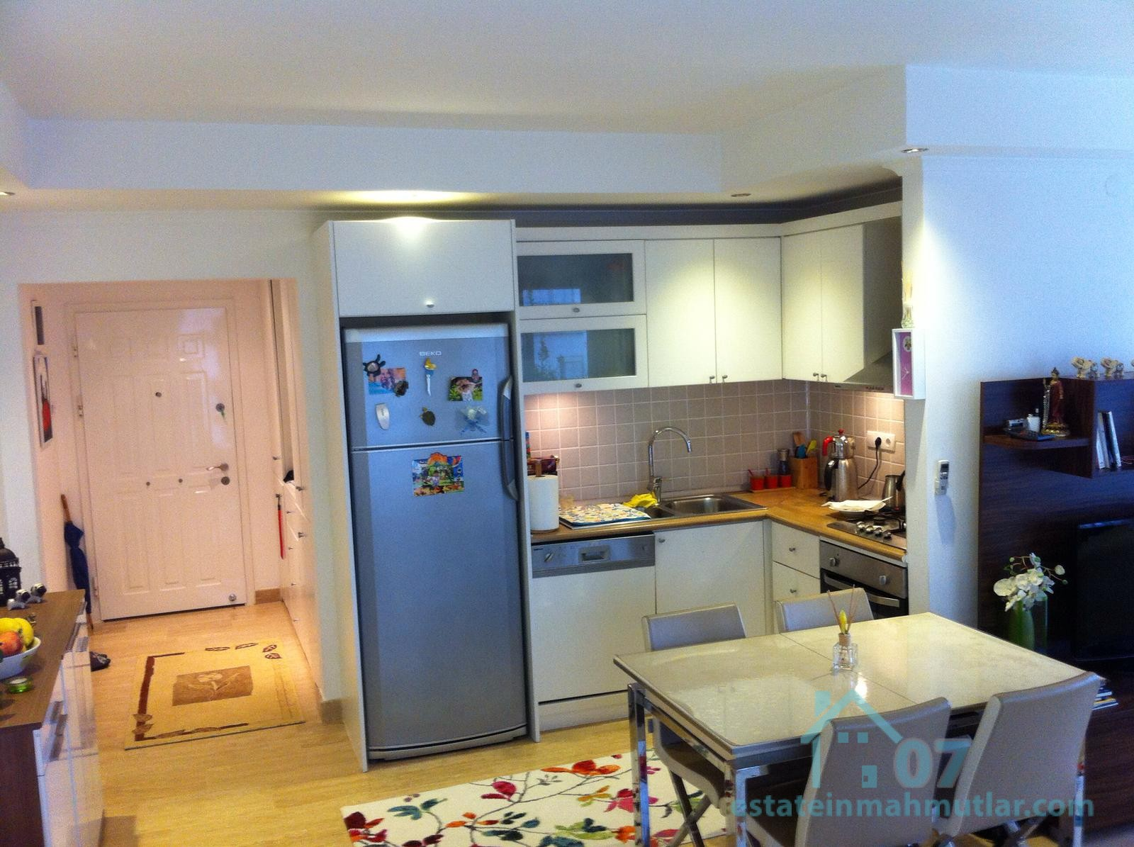 Spacious Two Bedroom Apartment with an Outdoor Pool in the Oba District of Alanya, Antalya