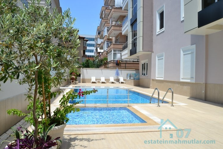Luxurious Two Bedroom Apartment in Alanya Centrum with an outdoor pool!
